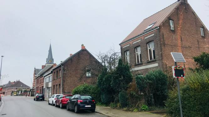 Kerkfabriek en gemeentebestuur realiseren samen nieuwe parking in Waarloos