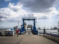 Schotten staan te juichen bij veerdienst naar de Eemshaven (die ook interessant is voor toeristen)