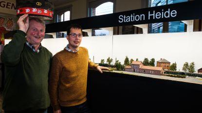 Metersgrote treinmaquette ter ere van stationschef met dertig jaar dienst
