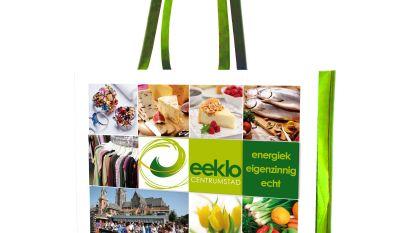 Actie op wekelijkse markt: spaar voor een herbruikbare winkeltas