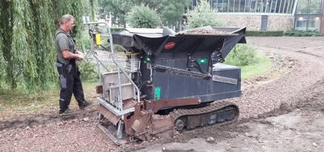 Uniek apparaat legt paden aan in nieuw park Boxtel