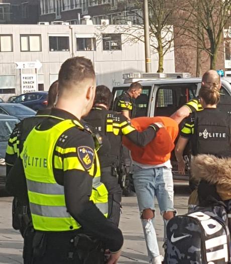 'Schooldreiger' (25) in Nijmegen blijkt student die schietspel naspeelde: 'De aanhouding was vet heftig'
