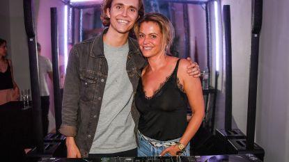 """""""Ian kwam gamen met Sky en is blijven plakken in de studio"""": Karen Damen mixt beats van Ian Thomas in nieuwe muziek"""