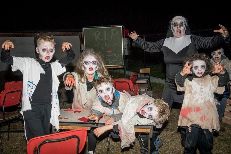 De deelnemers aan de Zombietrail mogen zich weer aan huiveringwekkende taferelen verwachten.