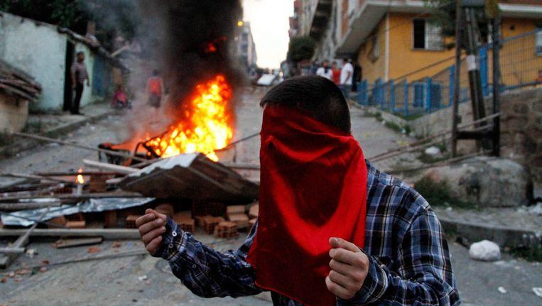 Turkije is vorige week begonnen met luchtaanvallen op stellingen van de PKK. Sindsdien lopen de spanningen tussen beide partijen hoog op.
