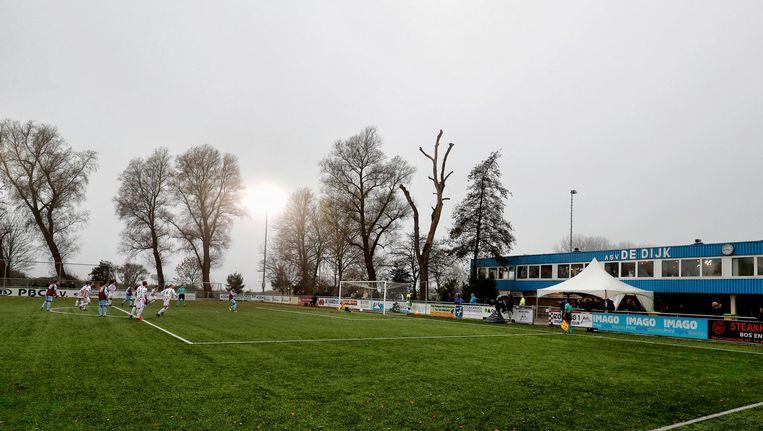 Sportpark Schellingwoude in Noord, waar ASV De Dijk speelt. Beeld Proshots