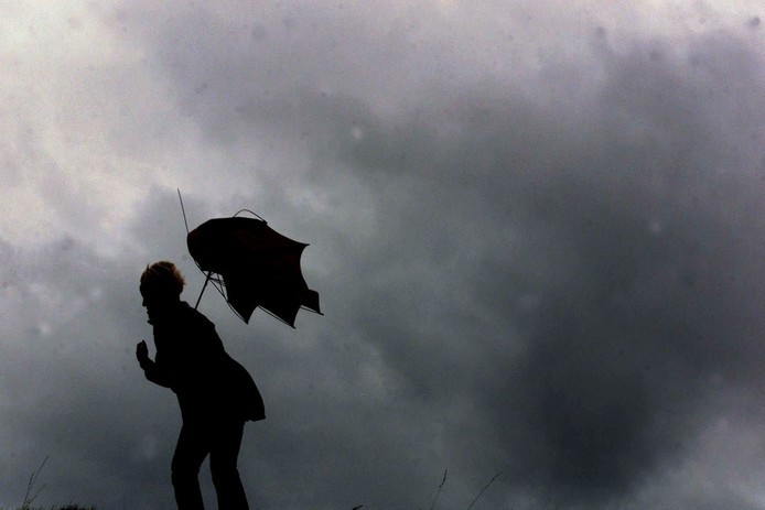 Vooral Gelderland, Overijssel en Flevoland krijgen het morgen volgens  meteorologen zwaar te verduren.