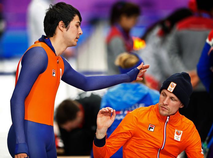 Kai Verbij troost Ronald Mulder: beiden geen plak op de 500 meter