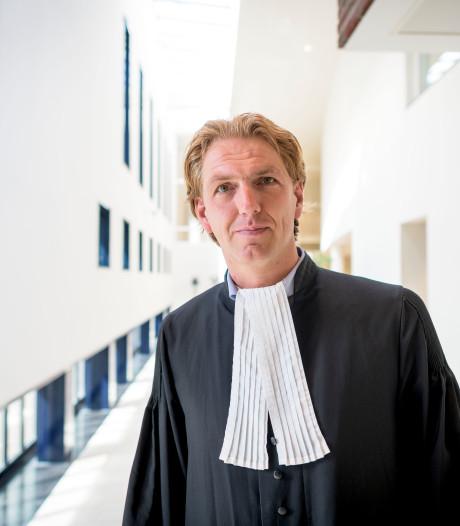 Twentse advocaat staat jonge moordverdachten bij: 'Je bent soort maatschappelijk werker'