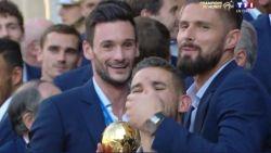 """Franse basisspeler kan het tijdens huldiging niet laten om ons land nog wat te treiteren: """"Pour la Belgique..."""""""