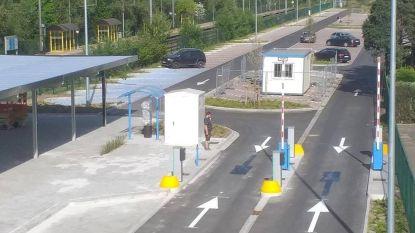 Verwarrende pijlen aan vernieuwde stationsparking Ede: betalend parkeren vanaf maandag 4 mei