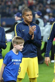 Promes in voetsporen Van Nistelrooy, Mbappé voorbij Kluivert