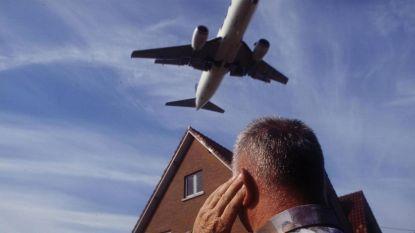 """Aanhoudende hinder door laagvliegende vliegtuigen: """"Dossier zit opnieuw muurvast"""""""