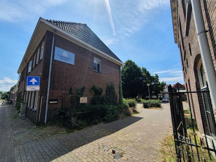Foto van archiefpand op de hoek Molenstraat