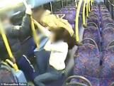 Les images choquantes de l'agression d'un couple lesbien dans un bus à Londres