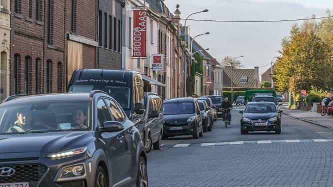 """Op deze plaatsen in Groot-Kortrijk fietst u liever niet, volgens onze lezers: """"Rekkemsestraat in Marke al jaren pijnpunt"""""""