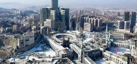 Un Saoudien fonce en voiture sur la grande mosquée de La Mecque