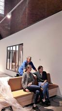 Fysiotherapeut Jan Berkelmans, huisarts Coralie de Ruijter (rechts) en apotheker Meta de Hoog.