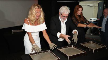 Stany Crets strikt Anne en Katja voor 'Winterrevue'