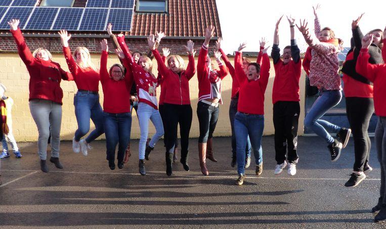De leerlingen én leerkrachten van de Vrije School Ruien steuen Rode Neuzen Dag