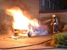 Autobrand in Boskoop, vermoedelijk aangestoken