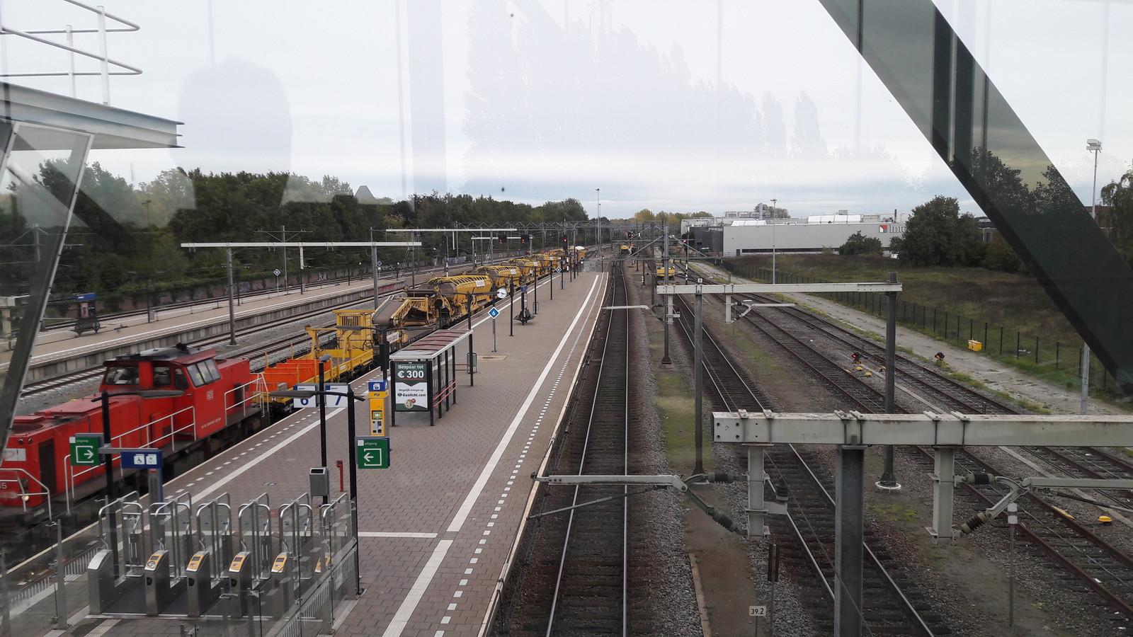 In Boxtel wordt dit weekeinde door Swietelsky Rail Benelux volop gewerkt aan het spoor, aan beide zijden van het station.