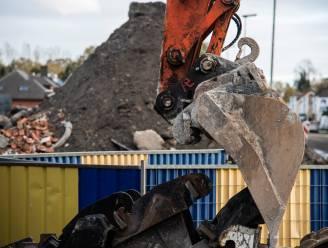 Tot eind deze maand tijdelijke verkeerslichten in Gentstraat: afbraak gebouw zorgt voor hinder