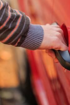 Illegale taxichauffeur (44) uit Den Bosch aangehouden in Bruchem