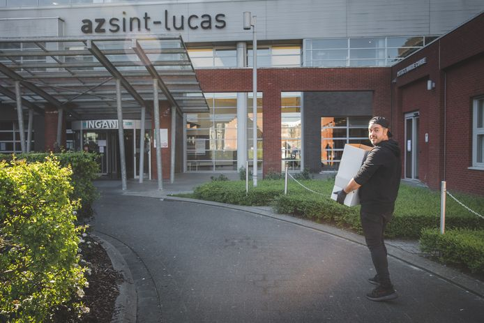 Kabir Zalaki brengt zijn bone broth naar AZ Sint-Lucas.
