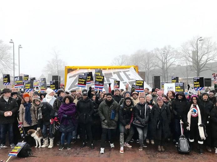 'We zijn klaar (voor vandaag)! Dank aan iedereen die er was en iedereen die dit support. Het was een mooie dag!'schreven de actievoerders van NL Wordt Beter onder deze foto.