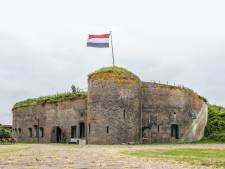 Lodges op terrein Fort Buitensluis, 'het wordt zeker geen vakantiepark'