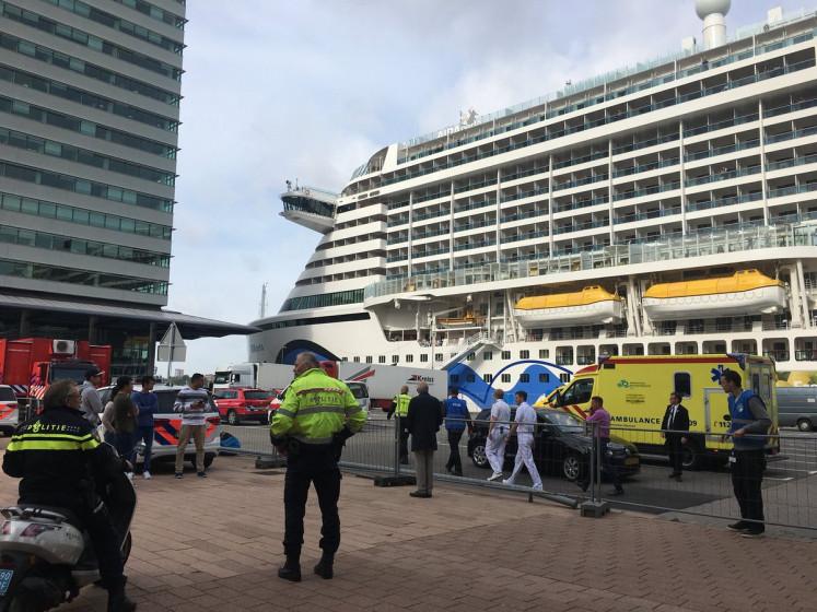 Zeker 35 cruisegangers AIDAperla ziek, hulpdiensten massaal uitgerukt