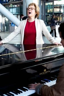 Anke is operazangeres en chirurg: 'Zingen en opereren gaan goed samen'
