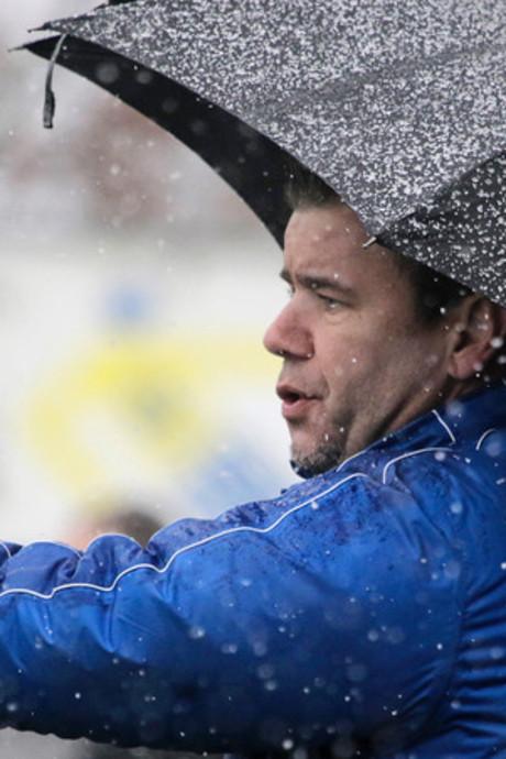 BVV zet trainer Bas Gösgens vlak voor bekerfinale op non-actief