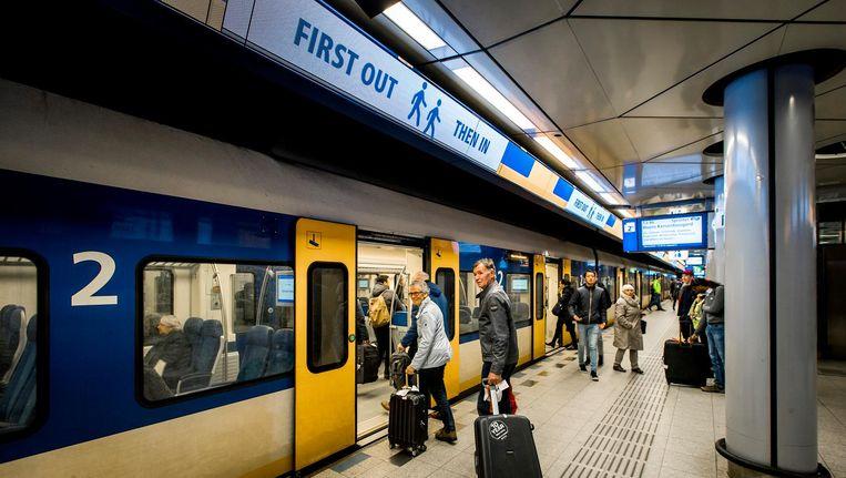 Op Schiphol duurt een treinstoring gemiddeld 86 minuten Beeld anp