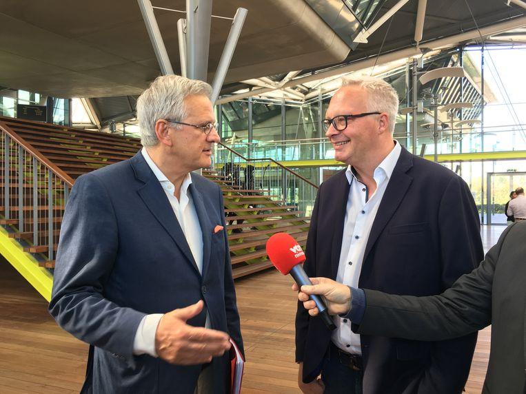 Kris Peeters (CD&V) en Peter Mertens (PVDA) bij de neerlegging van de lijsten vorige maand.