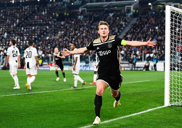 Matthijs de Ligt na zijn goal (1-2) tegen Juventus tijdens de return van de kwartfinale van de Champions League. Beeld ANP