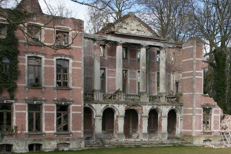Afbeeldingsresultaat voor vandalisme kasteel Lede