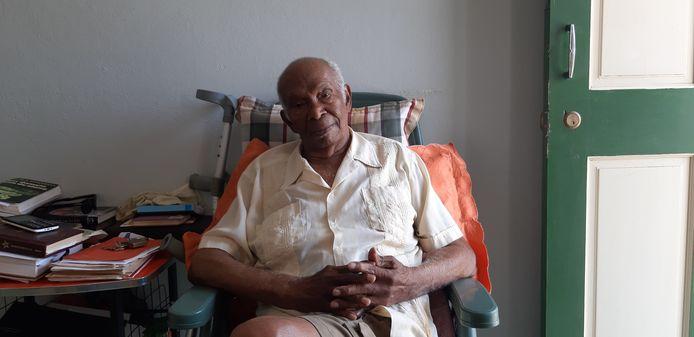 De Surinaamse oorlogsveteraan Alwin Dors (95) vocht in de Tweede Wereldoorlog in Nederlands-Indie