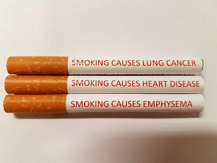 Le Dr Aaron Drovandi et son équipe de chercheurs estiment que les cigarettes doivent également porter des messages d'avertissements à portée immédiate, comme le nombre de minutes de vie perdues à chaque bouffée