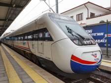 Zeven doden en 46 gewonden bij treinongeluk in Turkije