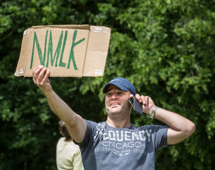 NMLK staat voor Nieuwe Mensen Leren Kennen.