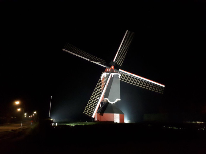 In 2018 stond de molen van Moergestel in de rouwstand na het overlijden van Leo Vaes, vrijwillig molenaar.