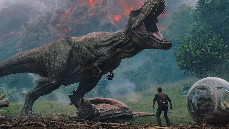 In Jurassic World: Fallen Kingdom bedreigt een vulkaanuitbarsting al het leven op het fictieve Isla Nublar. Beeld Universal Pictures