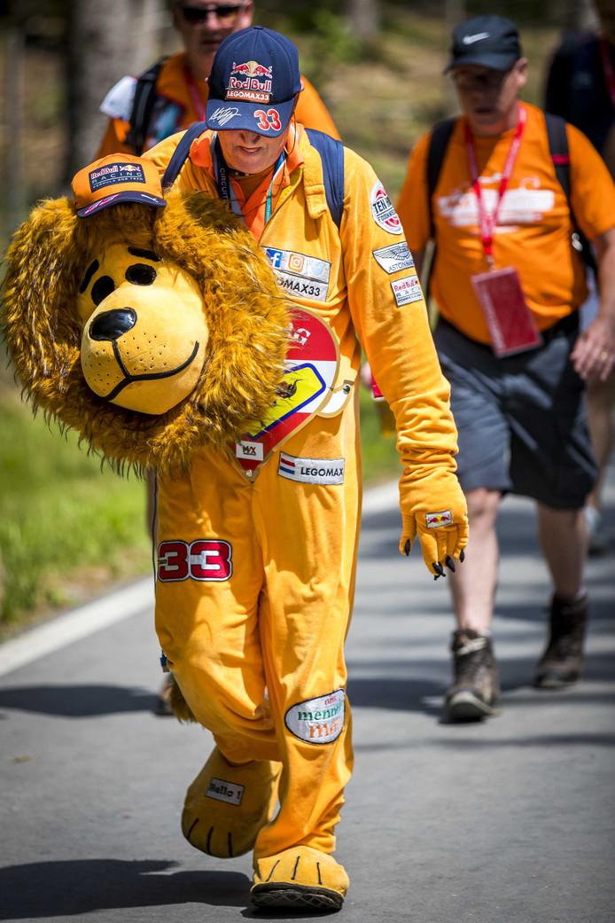 Een Max Verstappen-supporter.