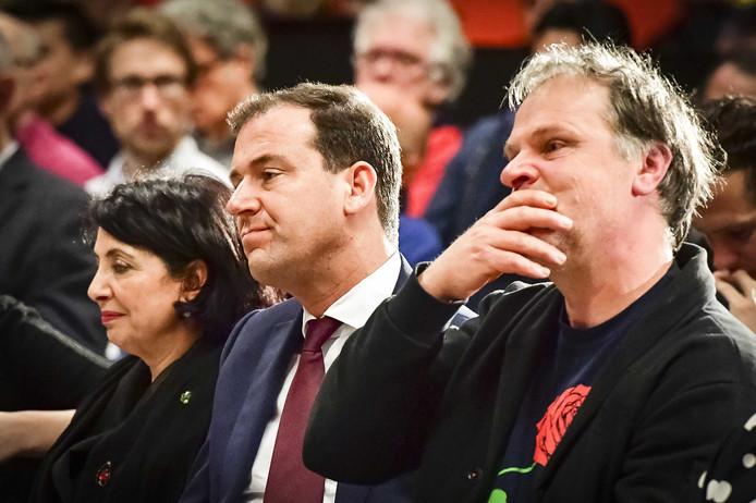 Khadija Arib, Lodewijk Asscher en PvdA-voorzitter Hans Spekman tijdens de politieke ledenraad van de Partij van de Arbeid in het Beatrixkwartier.