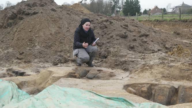 """Archeologen geven uitleg bij hun vondsten: """"Pottenbakkersovens wijzen erop dat er al heel vroeg mensen leefden in Glabbeek"""""""