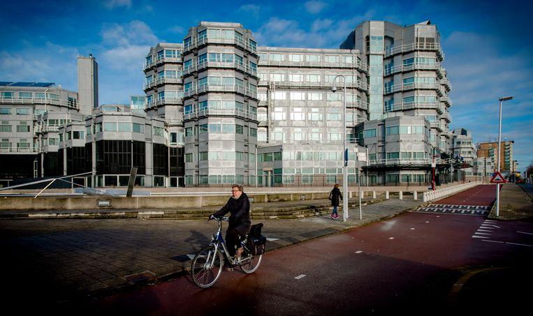 Het exterieur van het hoofdkwartier van de AIVD in Zoetermeer.  Beeld ANP