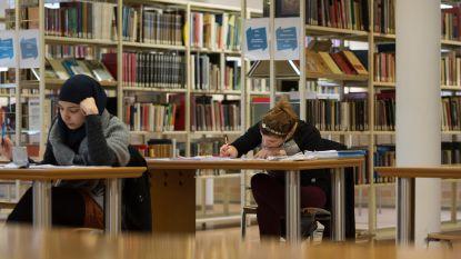 Bibliotheek, hogeschool en moskeeën richten studeerruimtes in