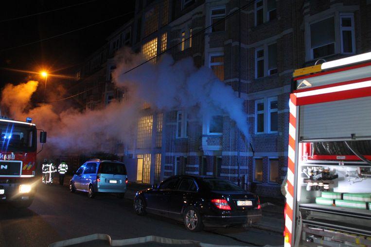 Een passant sloeg alarm toen hij de grote stoomwolk opmerkte in de Lindenstraat.